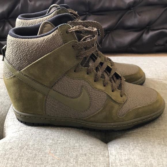 Nike Shoes - Sz8.5 Nike Dunk Ski High Olive Green 13daebf32